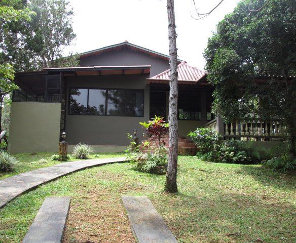 Casa en Los Altos de Cerro Azul